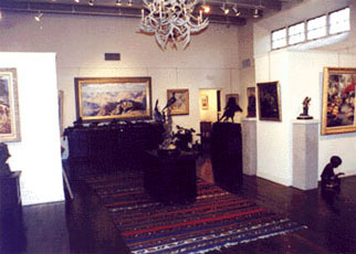 Welcome or Farewell Parties in Private Homes or Art Galleries